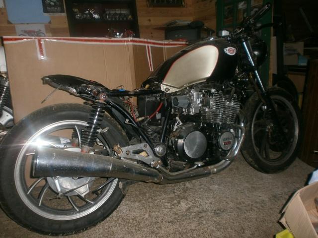 xj 750 SECA yamaha ..NO CAFE RACER. P1010111