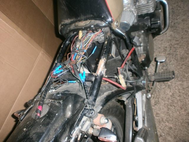 xj 750 SECA yamaha ..NO CAFE RACER. P1010112