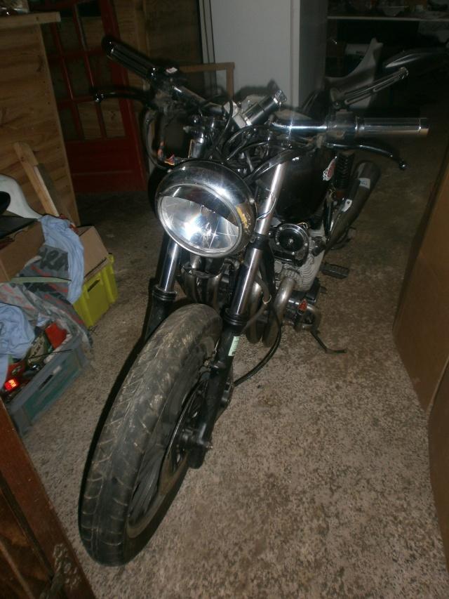 xj 750 SECA yamaha ..NO CAFE RACER. P1010113