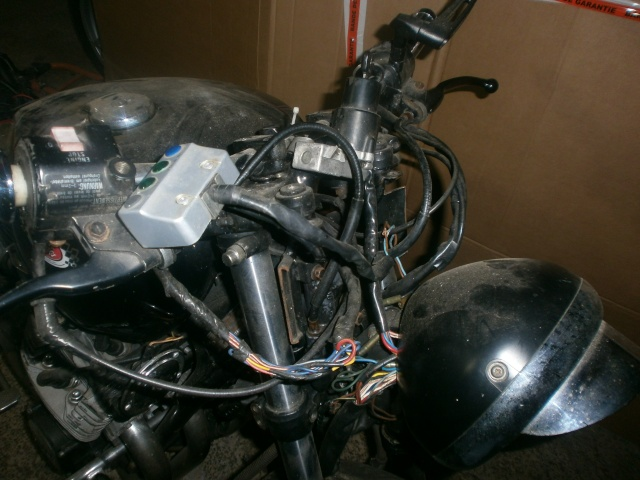 xj 750 SECA yamaha ..NO CAFE RACER. P1010115