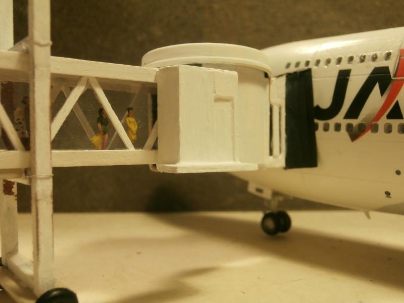 Réalisation de la maquette d'un Aéroport International (scratch) 1/144ème Gaine_12