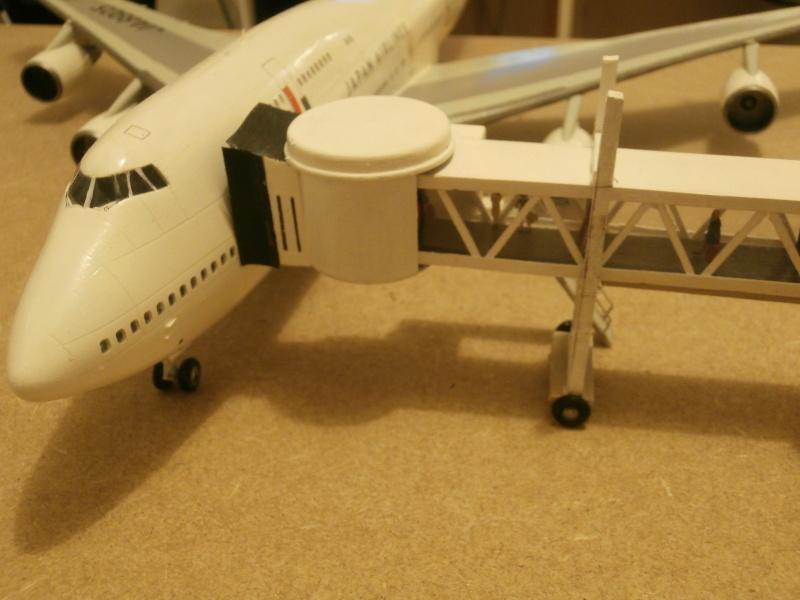 Réalisation de la maquette d'un Aéroport International (scratch) 1/144ème Term_011