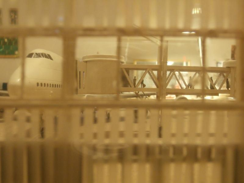 Réalisation de la maquette d'un Aéroport International (scratch) 1/144ème Term_012