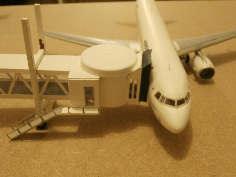 Réalisation de la maquette d'un Aéroport International (scratch) 1/144ème Term_014