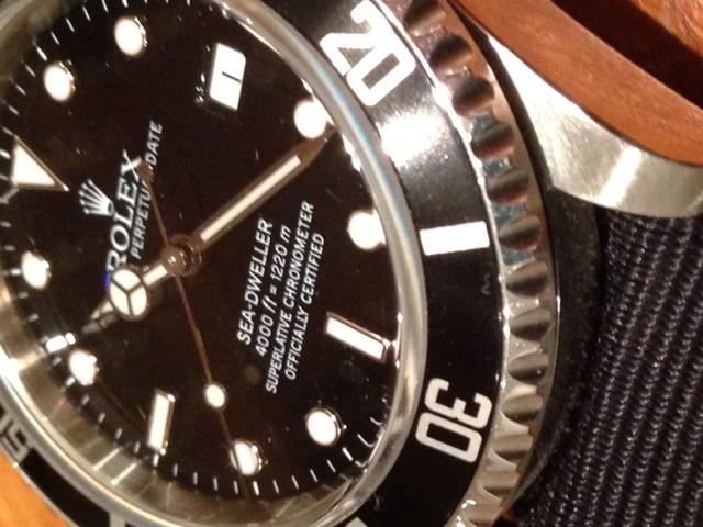 La montre du dernier jour de l'année... Zoom_n10