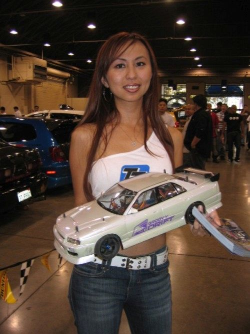 Auto RC-Girls - Page 6 Rc_car10