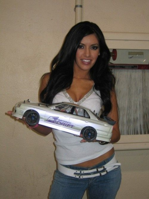 Auto RC-Girls - Page 6 Rc_car12