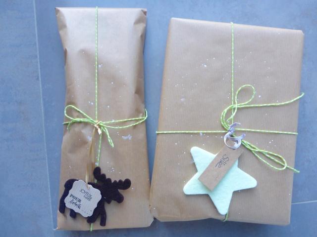 9 décembre : Emballons nos cadeaux ... P1040032