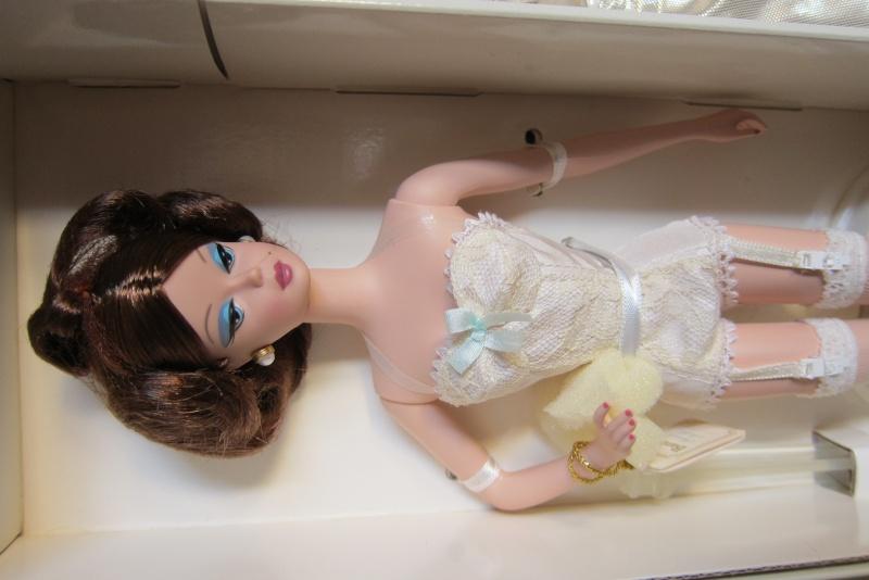 Vends FR, Momoko, Barbie, Avant guard, Willow, MonsieurZF Barbie11