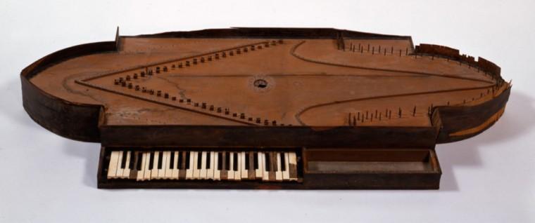 Stradivari?  E il pianoforte dove è nato? Cristo10