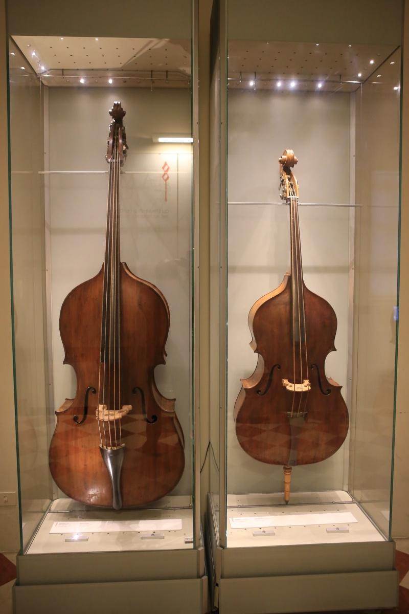 Stradivari?  E il pianoforte dove è nato? Img_7424