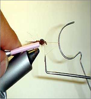 El nudo final - montaje de moscas Nudo_f11