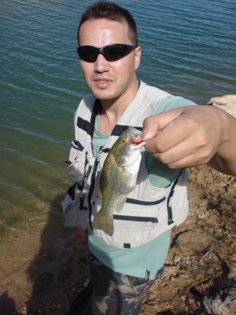 Lugares próximos a Madrid pesca Black-bass con mosca Recula12