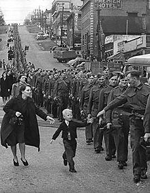 les canadiens pendant la seconde guerre mondiale 220px-13