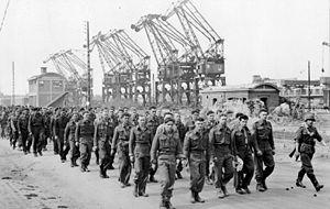 les canadiens pendant la seconde guerre mondiale 300px-12