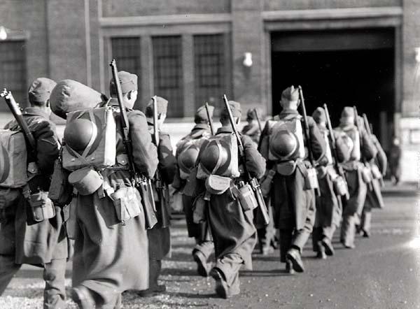 les canadiens pendant la seconde guerre mondiale Pa-16310