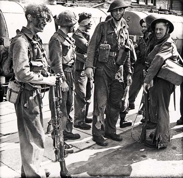 les canadiens pendant la seconde guerre mondiale Pa-18311