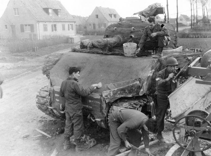 Info sur M4A3 Sherman 105 mm 5e68e910
