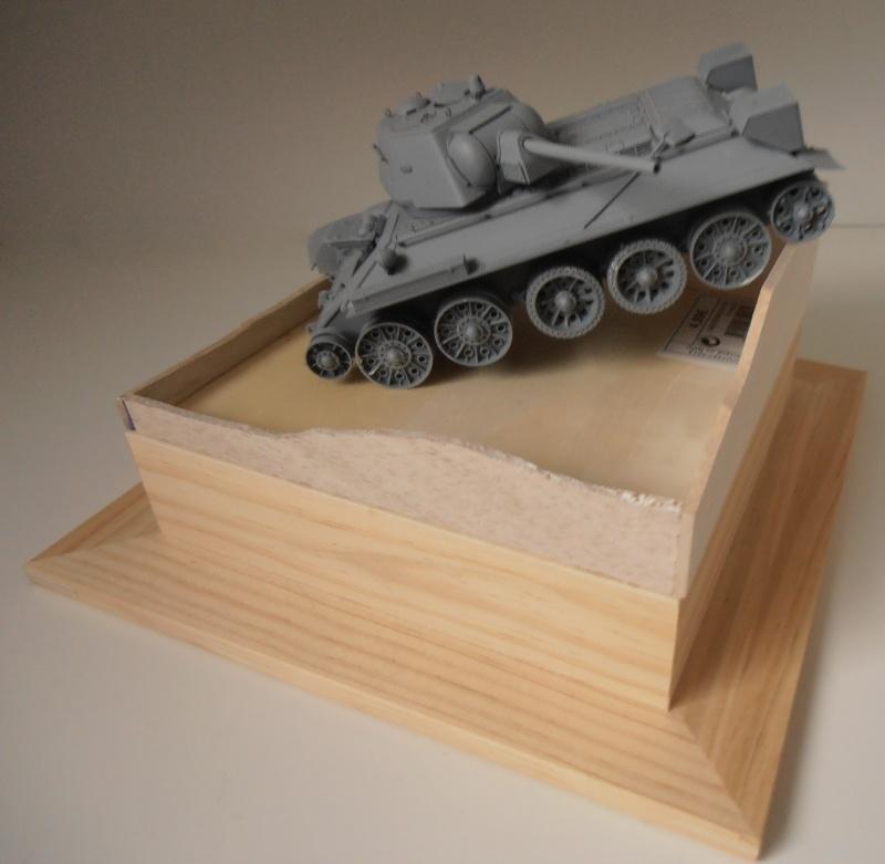 "T-34 "" K.O "" ( Tamiya, Dragon au 1/35eme ). Pb250810"