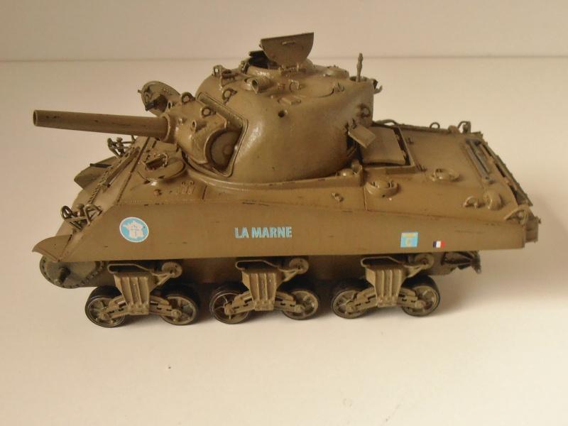 "Sherman M4 105mm "" La Marne "" ( Tamiya et conversion ? au 1/35eme ) Pb260810"