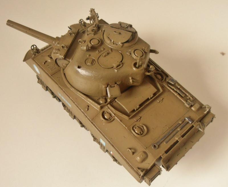 "Sherman M4 105mm "" La Marne "" ( Tamiya et conversion ? au 1/35eme ) Pb260911"