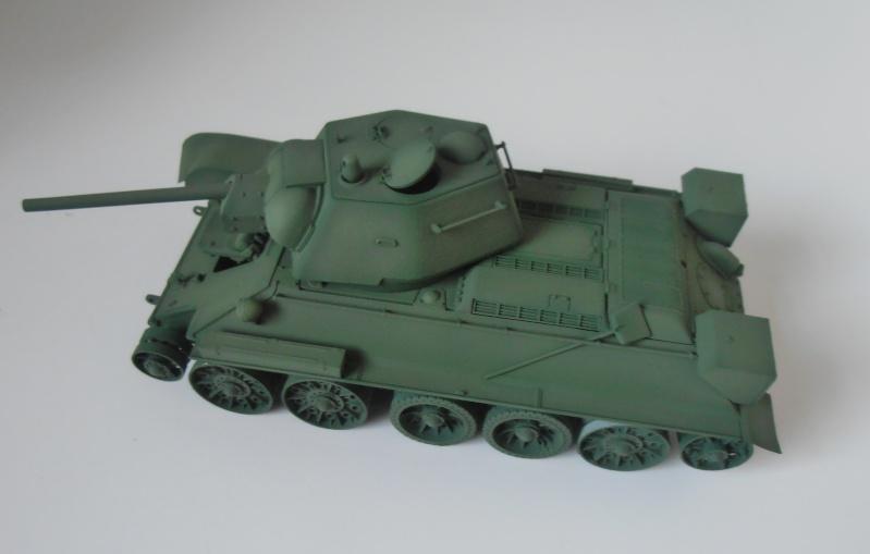 "T-34 "" K.O "" ( Tamiya, Dragon au 1/35eme ). - Page 2 Pb260912"