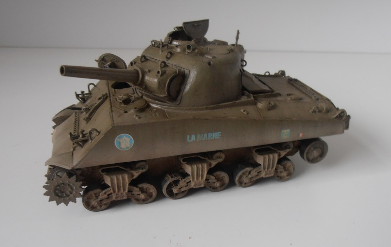 "Sherman M4 105mm "" La Marne "" ( Tamiya et conversion ? au 1/35eme ) - Page 2 Pb280912"