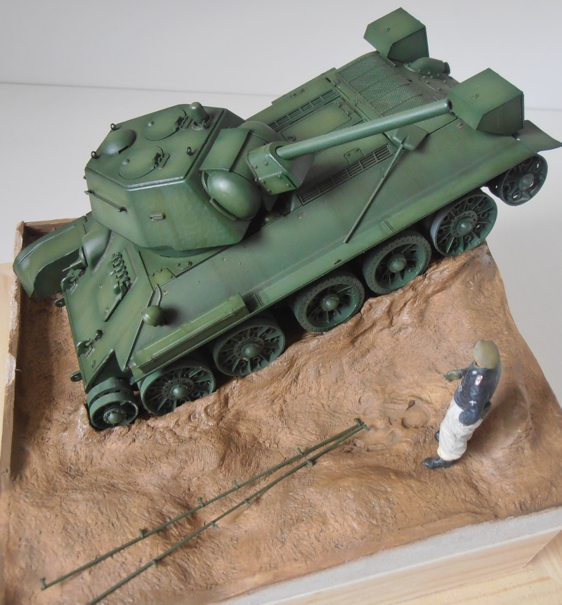 "T-34 "" K.O "" ( Tamiya, Dragon au 1/35eme ). - Page 2 Pb280924"