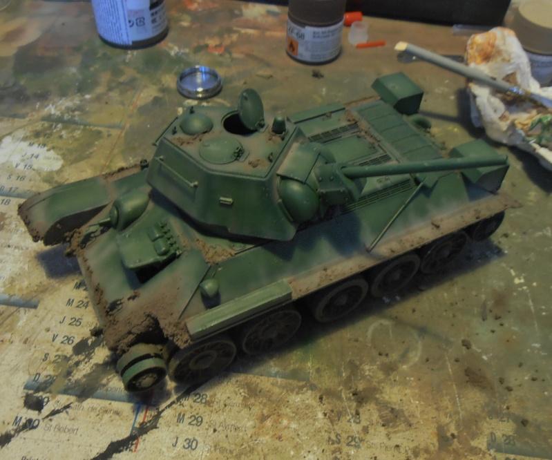 "T-34 "" K.O "" ( Tamiya, Dragon au 1/35eme ). - Page 2 Pb291018"