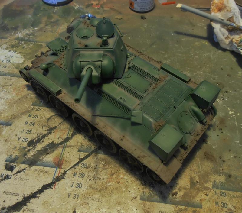 "T-34 "" K.O "" ( Tamiya, Dragon au 1/35eme ). - Page 2 Pb291019"