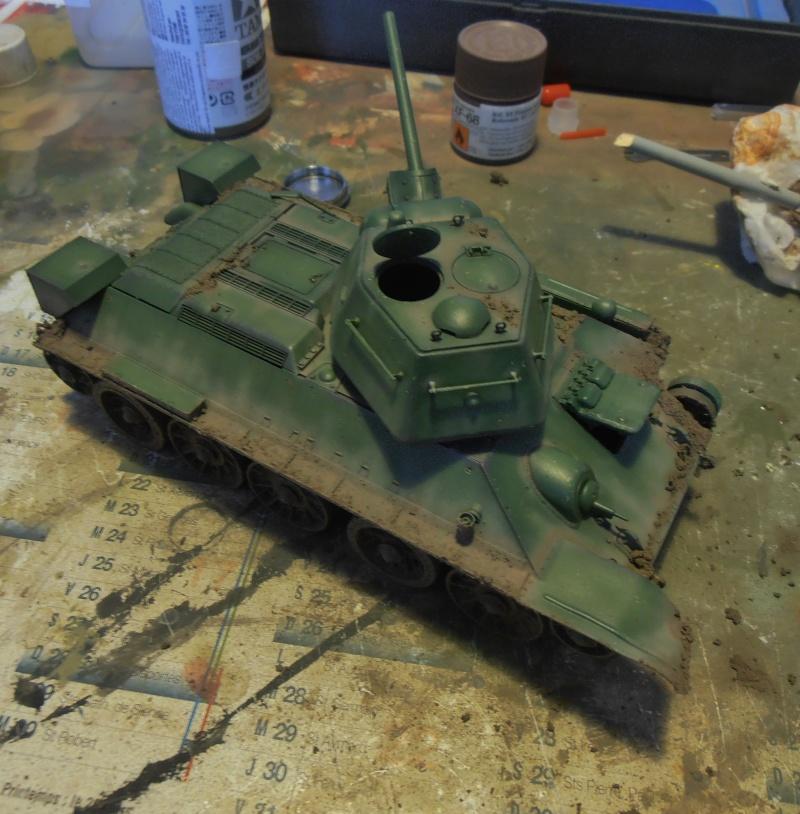 "T-34 "" K.O "" ( Tamiya, Dragon au 1/35eme ). - Page 2 Pb291021"