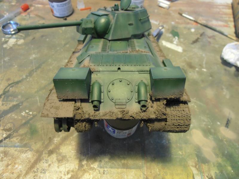"T-34 "" K.O "" ( Tamiya, Dragon au 1/35eme ). - Page 2 Pb291023"