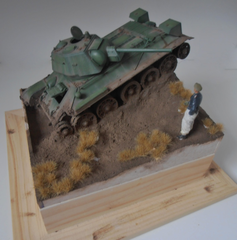 "T-34 "" K.O "" ( Tamiya, Dragon au 1/35eme ). - Page 4 Pc051111"