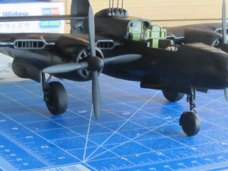 P-61B Black widow au 1/48 de chez hobby boss Img_3024