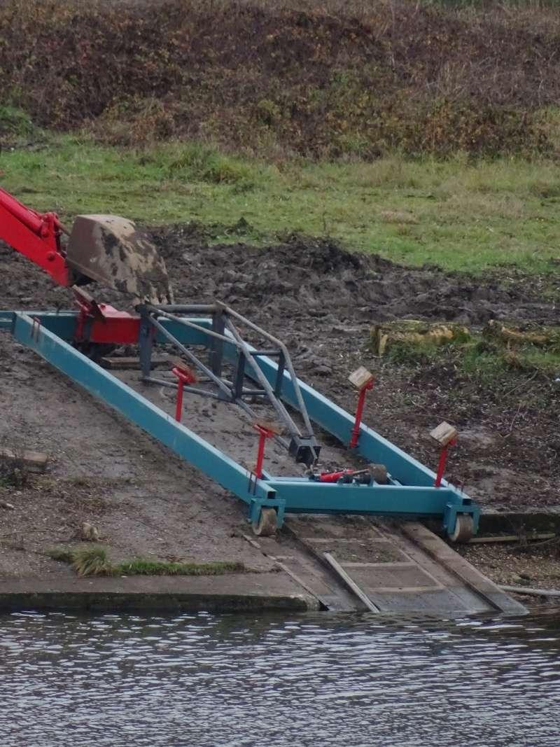 Travaux à l'ancienne mise à l'eau du club de voile de Rettel 210