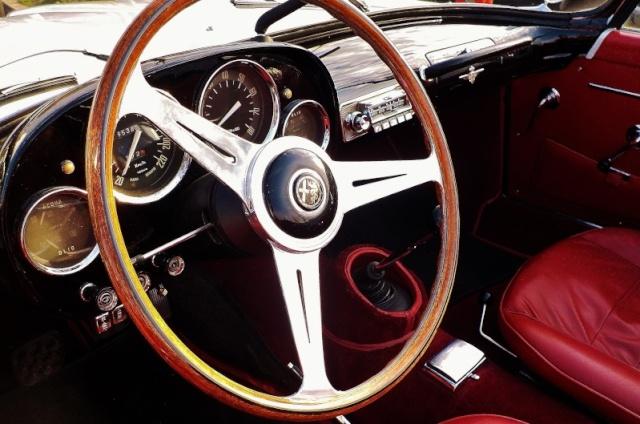 Alfa Romeo Spider 2000 Touring Dscn1911