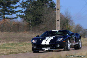 La FORD GT 40  - Page 3 Img_0210