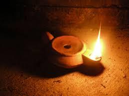 Quel carburant pour les ancêtres et les vétérans? Lampe_10
