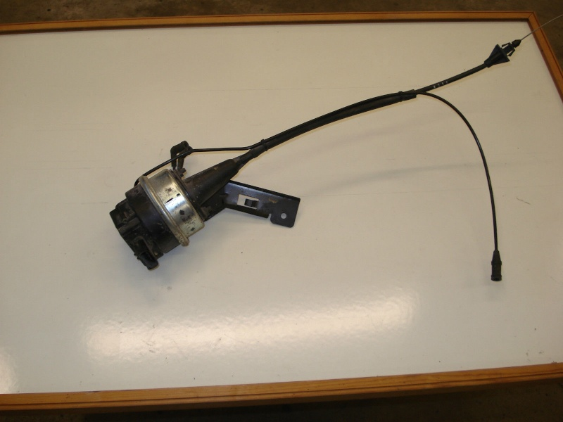 Recherche référence ou pièce  tuyau contrôle de vitesse S3 3,8 AWD  S-l16010