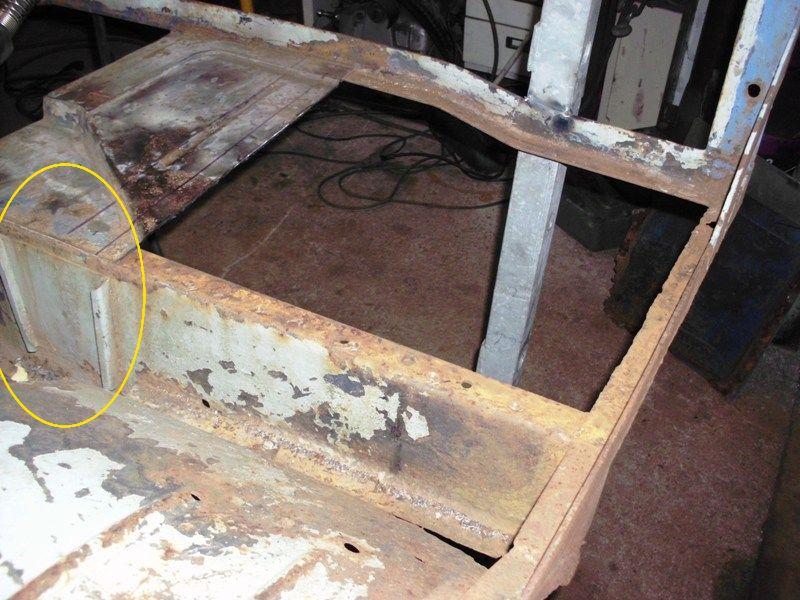 Restauration d'un 411 ça recommence - Page 5 Hpim0427