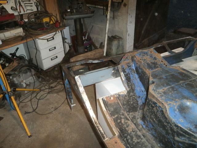 Restauration d'un 411 ça recommence - Page 5 P2070016