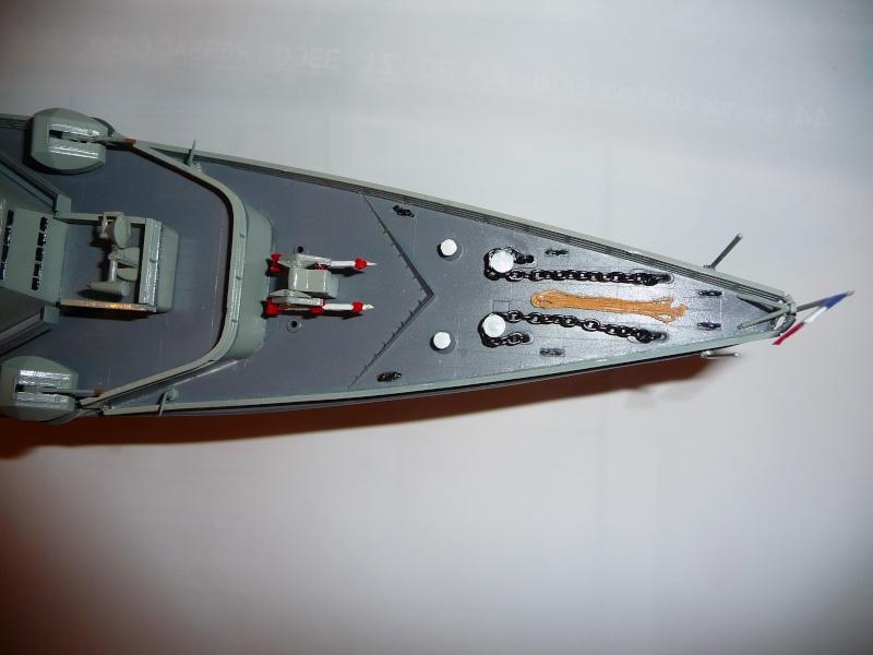 La JEANNE D'ARC par Kitou au 1/400è heller P1010430