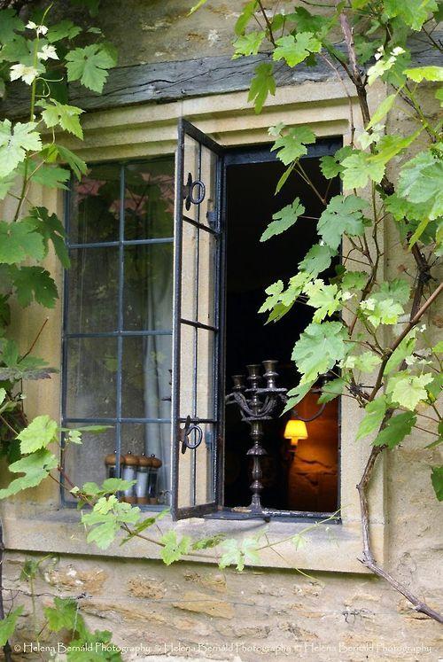 Des fenêtres d'hier et d'aujourd'hui. - Page 21 Fen_1710
