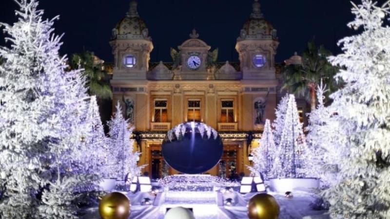 Les illuminations de Noël pour les fêtes 2.015   2.016 ! Illum_10