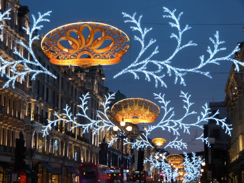 Les illuminations de Noël pour les fêtes 2.015   2.016 ! Illum_11