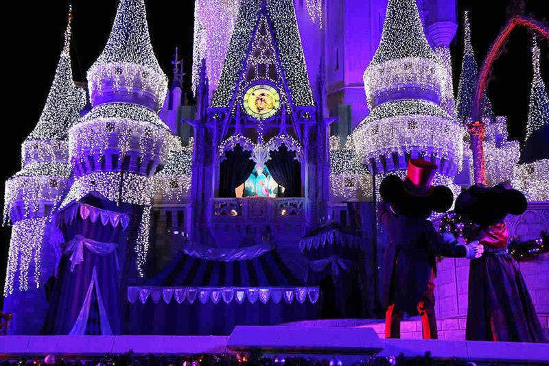 Les illuminations de Noël pour les fêtes 2.015   2.016 ! - Page 3 Illum_17