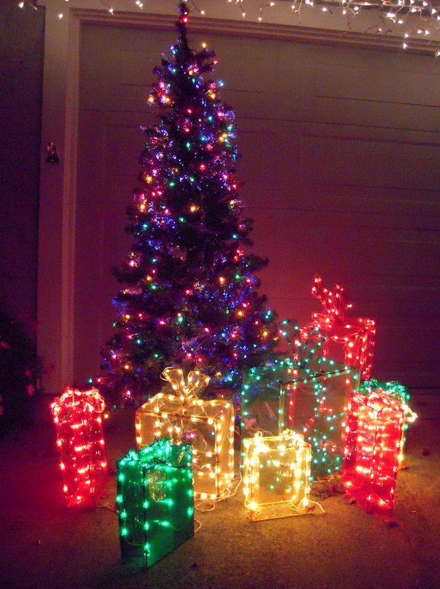 Les illuminations de Noël pour les fêtes 2.015   2.016 ! - Page 3 Illum_19