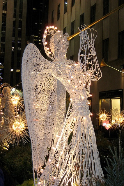 Les illuminations de Noël pour les fêtes 2.015   2.016 ! - Page 3 Illum_23