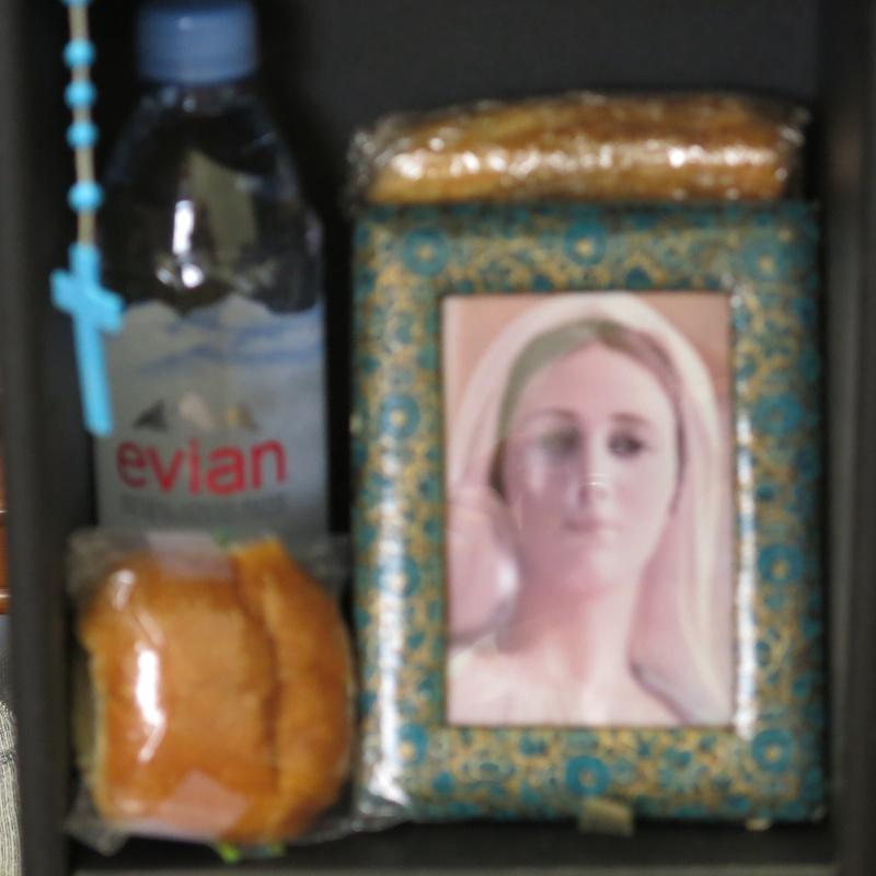 RAPPEL N'oubliez pas de mettre le pain et l'eau sur votre autel cette nuit de Noël2015 Mon_au12