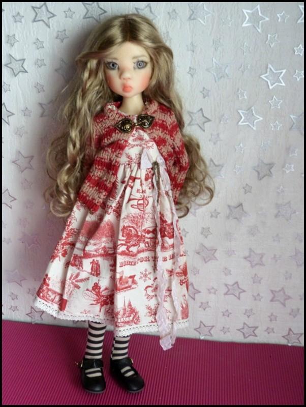 ma Miki Ophelie  dans son boudoir et en mauve P2 10840512